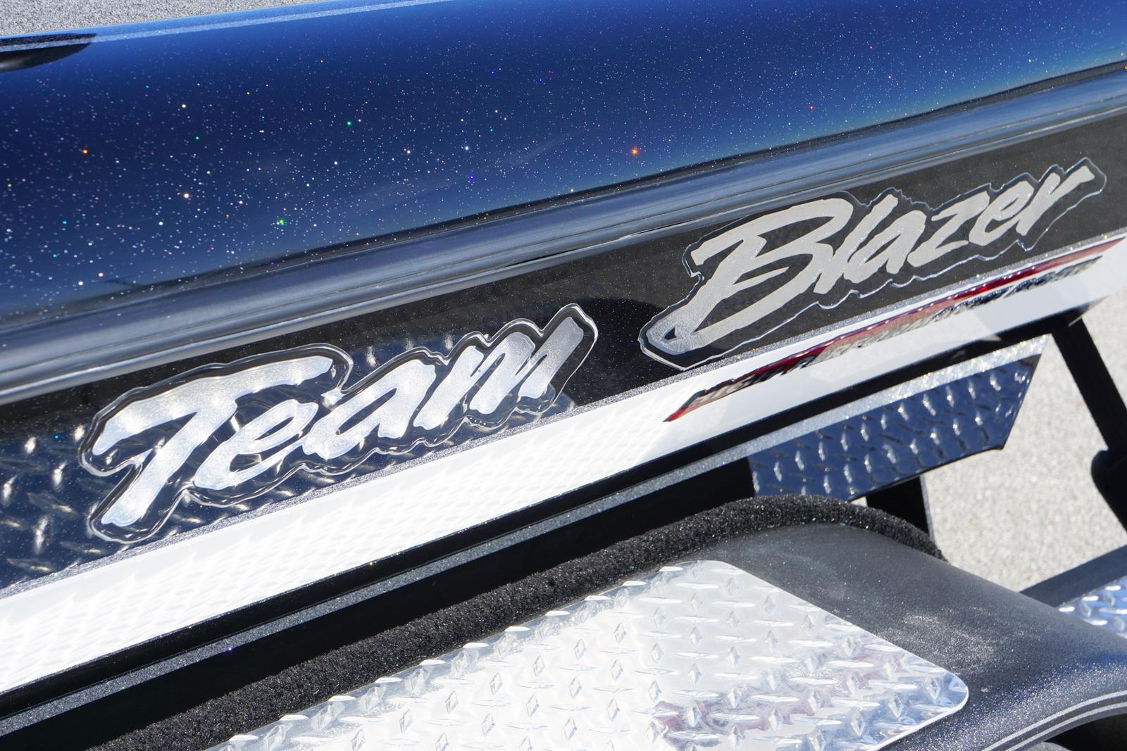 BLAZER 625 PRO ELITE W/ 250HP MERCURY PRO-XS **SOLD**